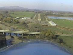 Final Approach to Woodlake Airport